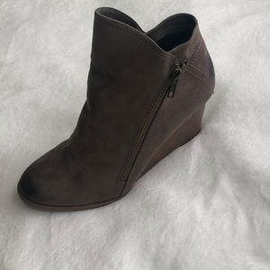 Women's Jore brand wedge boots - size 9